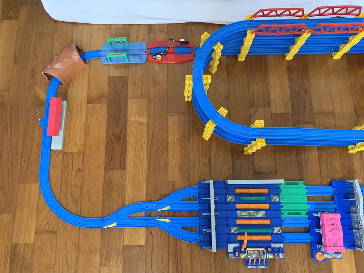 プラレール 4段レイアウト 直線レール・曲線レール・橋脚など大量 B_画像4