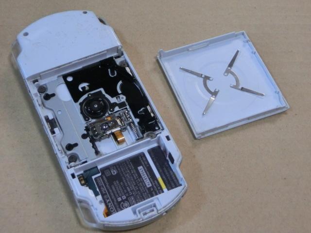 SONYソニー PSP2000本体 3台 ジャンク_画像5