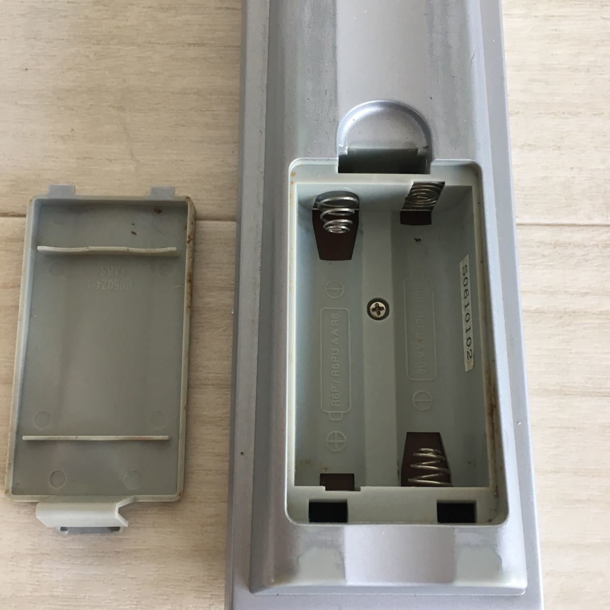 (H101)ビクター テレビリモコン RM-C2100 LH LC 送料無料_画像6