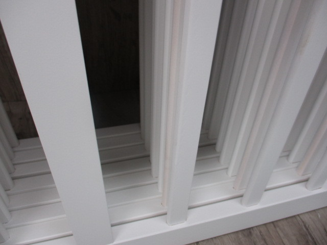 未使用 倉庫品 ハイタイプ ベビーサークル 木製 ジョイント式 高さ70cm 8枚セット 白 ホワイト ベビーフェンス(ペットサークル)_画像4