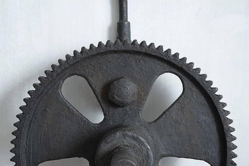 【古い鉄の歯車・大型 ビンテージ 古道具 オブジェ】アンティーク ブロカント 工業系 インダストリアル インテリア レトロ シャビー DIYに_画像5