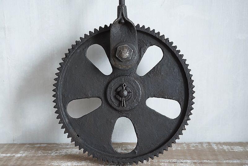 【古い鉄の歯車・大型 ビンテージ 古道具 オブジェ】アンティーク ブロカント 工業系 インダストリアル インテリア レトロ シャビー DIYに_画像8