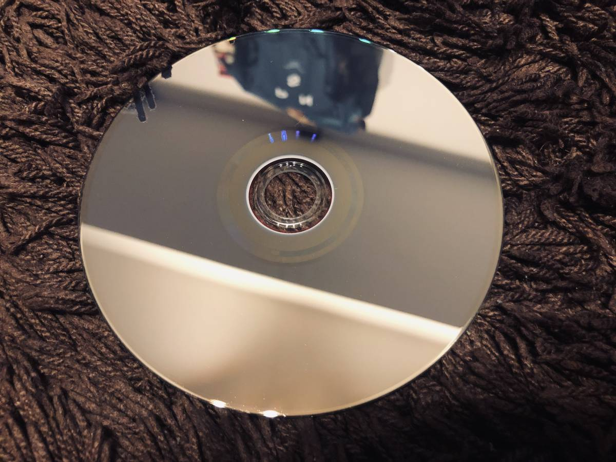 【送料無料・美品】欅坂46 『欅共和国2018 (通常盤) Blu-ray』 欅共和国 ブルーレイ 通常盤_画像4