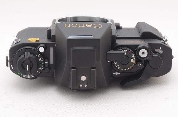 [未使用品] Canon New F-1 50周年記念モデル 24金バッジ AEファインダー 元箱一式 限定1000台 #4011 キャノン_画像6