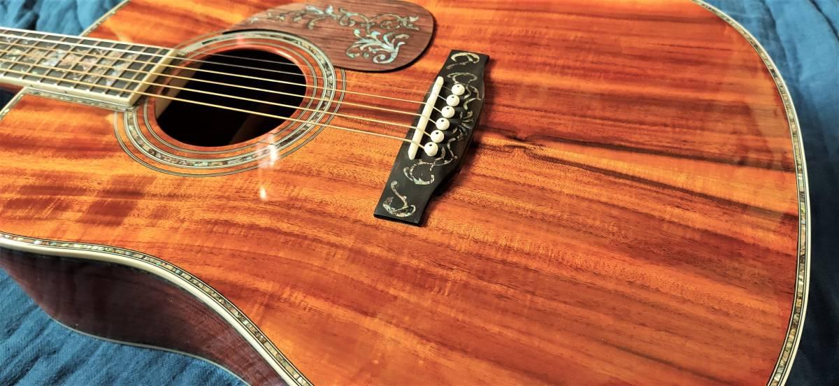 送料無料!豪華絢爛、希少品!色目、杢目の素晴らしい表裏総単板コア材の装飾フォークギターです!_画像8