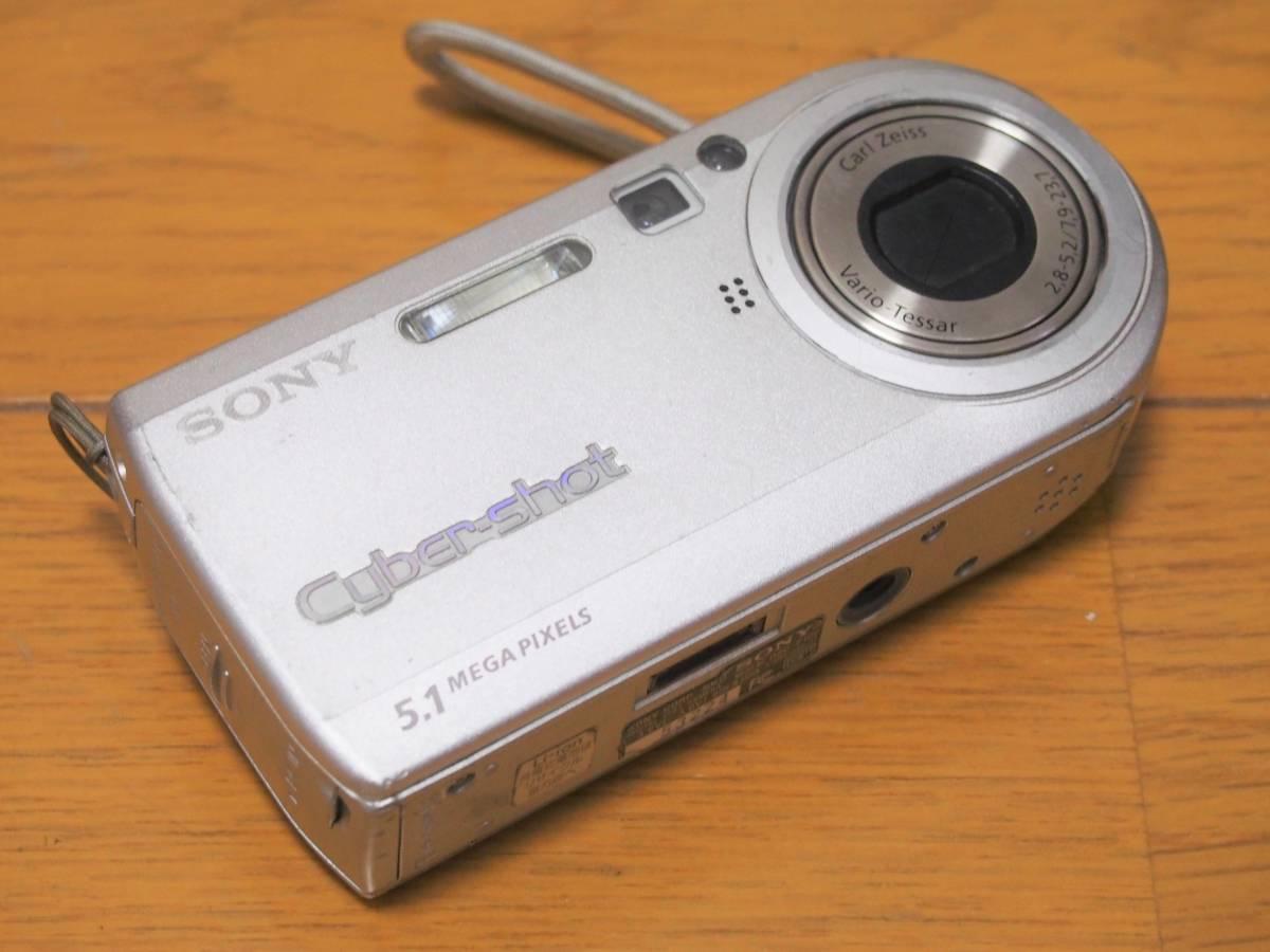 可動ジャンク SONY CyberShot DSC-P100 500万画素 512MB メモリースティック付き 付属品有_画像2