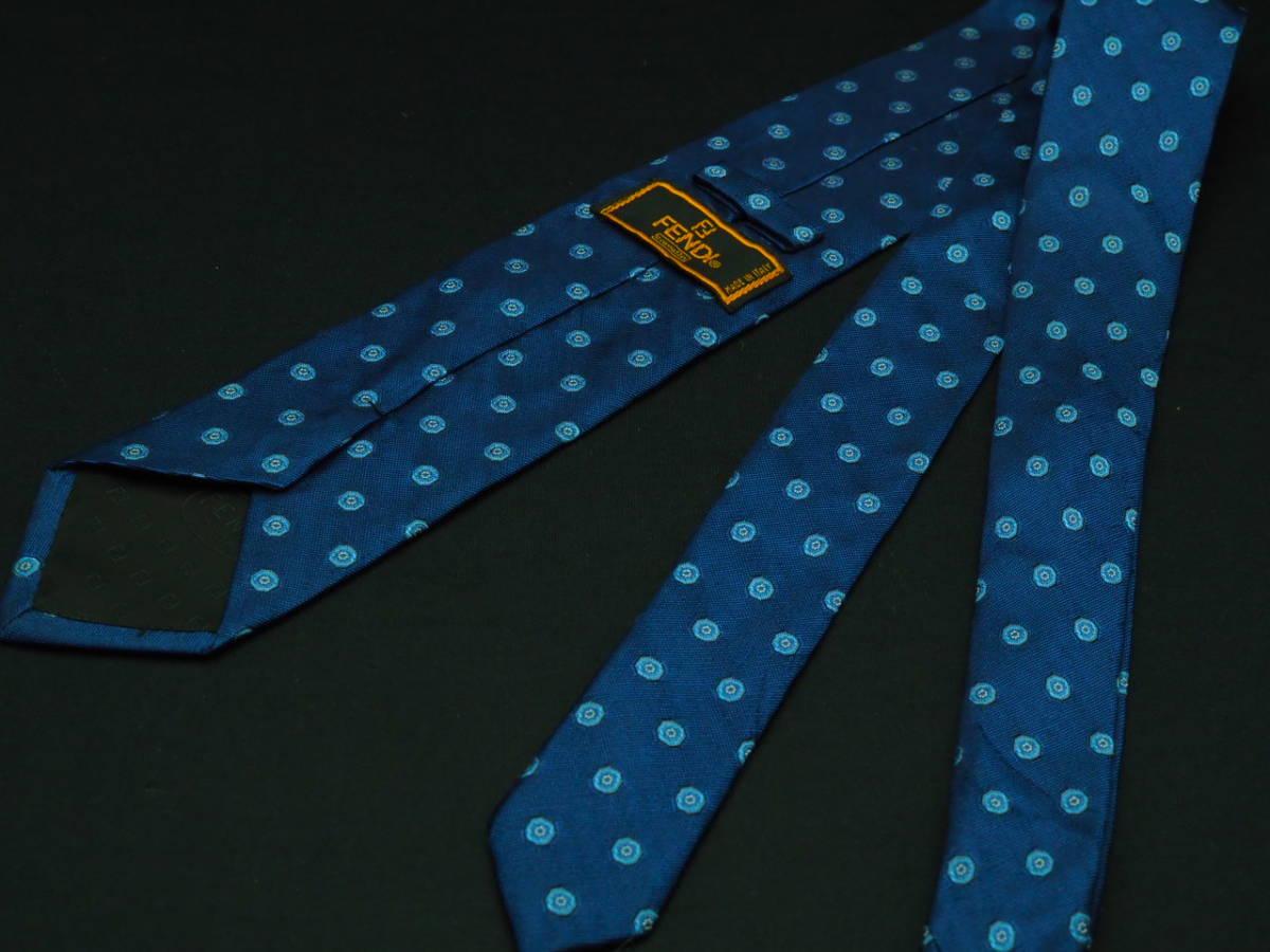 美品 FENDI フェンディ ITALY イタリア製 【ネイビー ブルー シンプル】ネクタイ USED オールド ブランド シルク_画像3