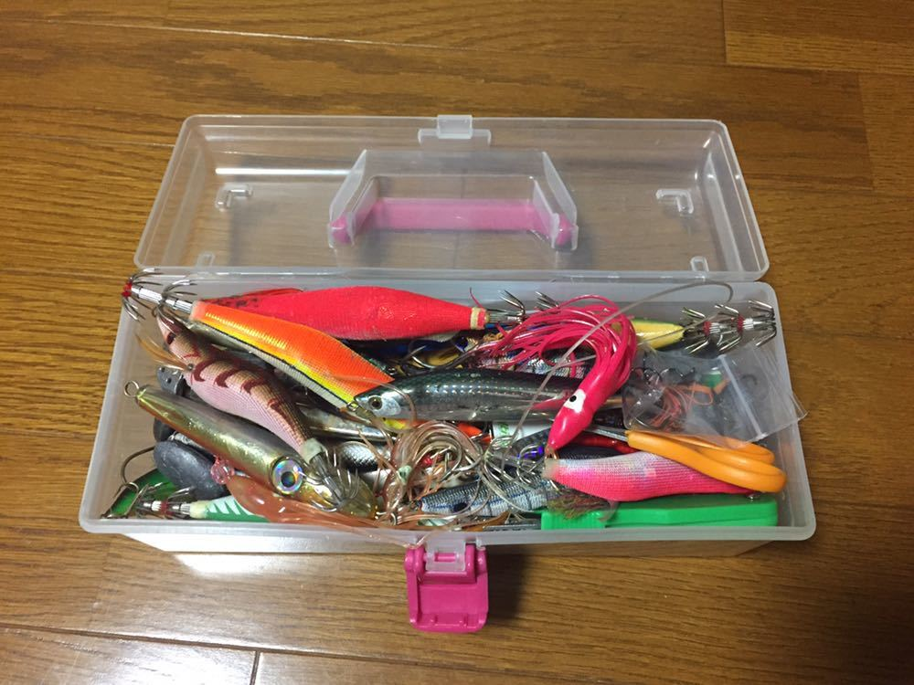 釣り具まとめてセット 仕掛け ルアー ワーム オモリ 錘 釣り針 小物類等 色々 中古品_画像2