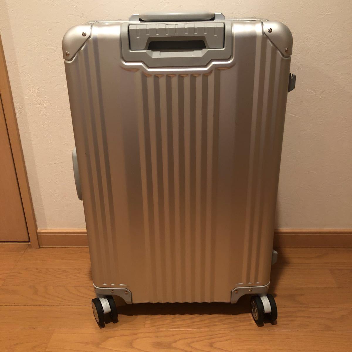 メルセデス・ベンツ オリジナアルミスーツケース_画像2