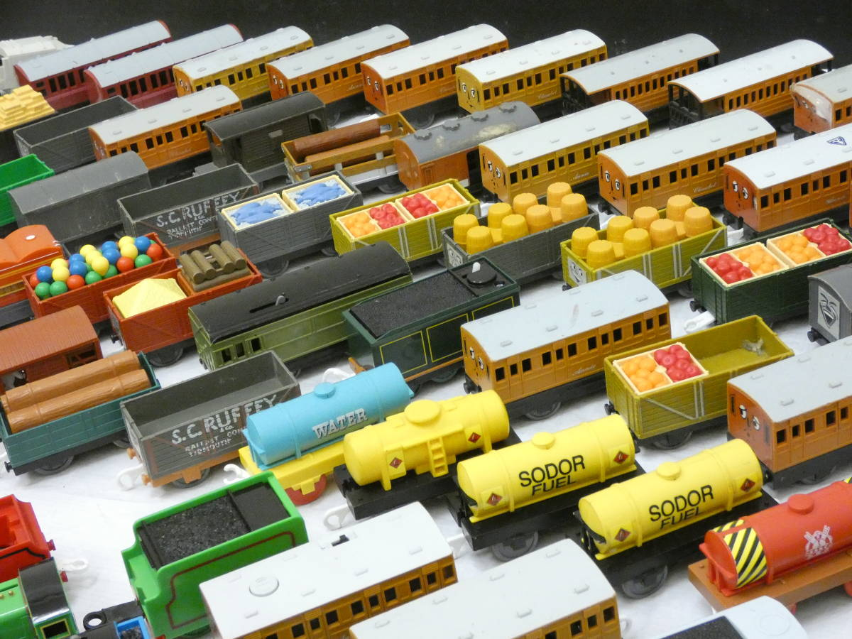 U1304/【1円スタート】プラレール トーマス 車両 ジャンク 大量 処分 200台_画像3