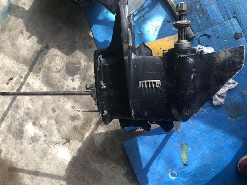 スズキDF40.50Tモデル、DF40.50.60Aモデルに取り付け可能 ロワーユニットASSY 中古品 トランサム Lタイプ
