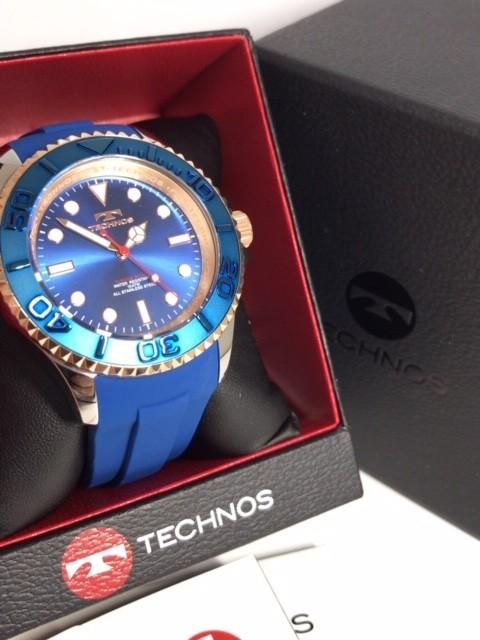 新品 TECHNOS テクノス 正規品 クロノグラフ 腕時計 ブルー×ピンクゴールド ダイバーズモデル 10気圧防水 保証書 専用箱付 ラバー メンズ_画像4
