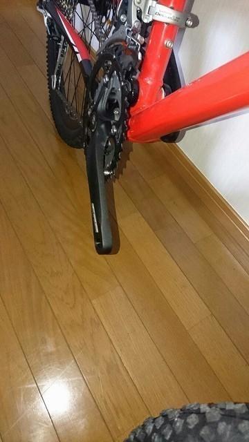 【雑貨】 自転車 希少 入手困難 新品 未走行 COLNAGO コルナゴ CX60? フェラーリ マウンテンバイク 室内保管のみ ペダル未装着 26インチ_画像3