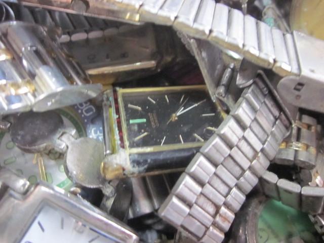 ★ジャンク クオーツ メンズ レディース 腕時計 約6.4キロ分 まとめ売り 国産&スイス製_画像10