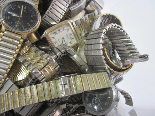 ★ジャンク クオーツ メンズ レディース 腕時計 約6.4キロ分 まとめ売り 国産&スイス製_画像2