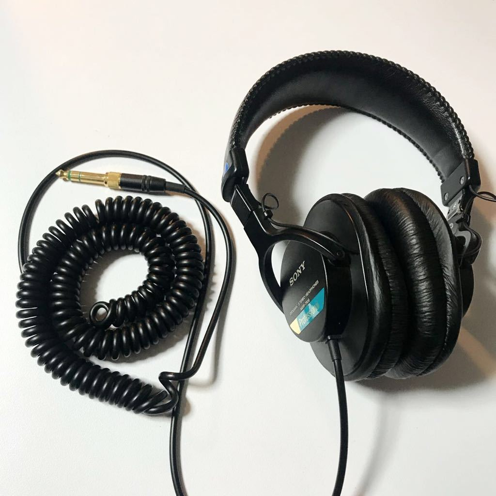 完動美品 送料無料 純正ソフトケース付 SONY MDR-7506 モニターヘッドホン ソニー 密閉型 折りたたみ式 カールコード 金メッキ 2wayプラグ