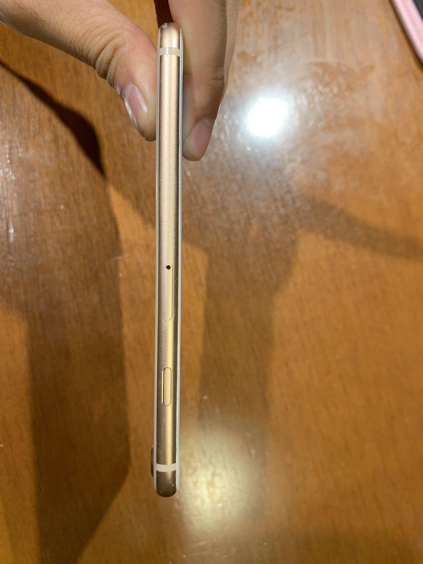 Apple iPhone8 256GB ゴールド MQ862J/A バッテリ83% ドコモ アップル SIMロック解除済み_画像5