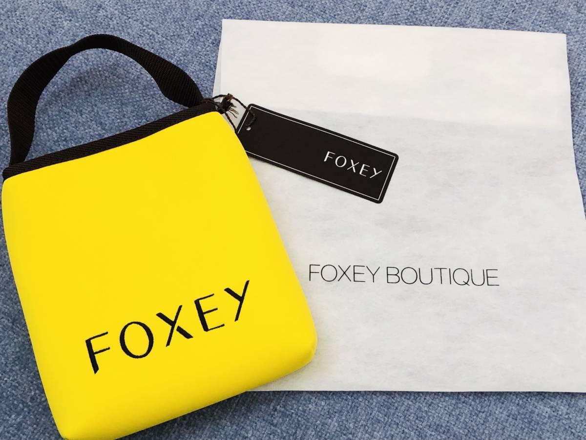 FOXEY フォクシー バック 小物入れ スマホ 財布など