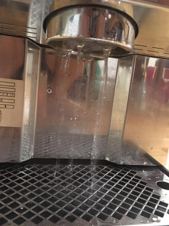 動作確認済 Bezzera ベゼラ BZ99S エスプレッソマシン コーヒー バリスタ 焙煎 ラテアート_画像6