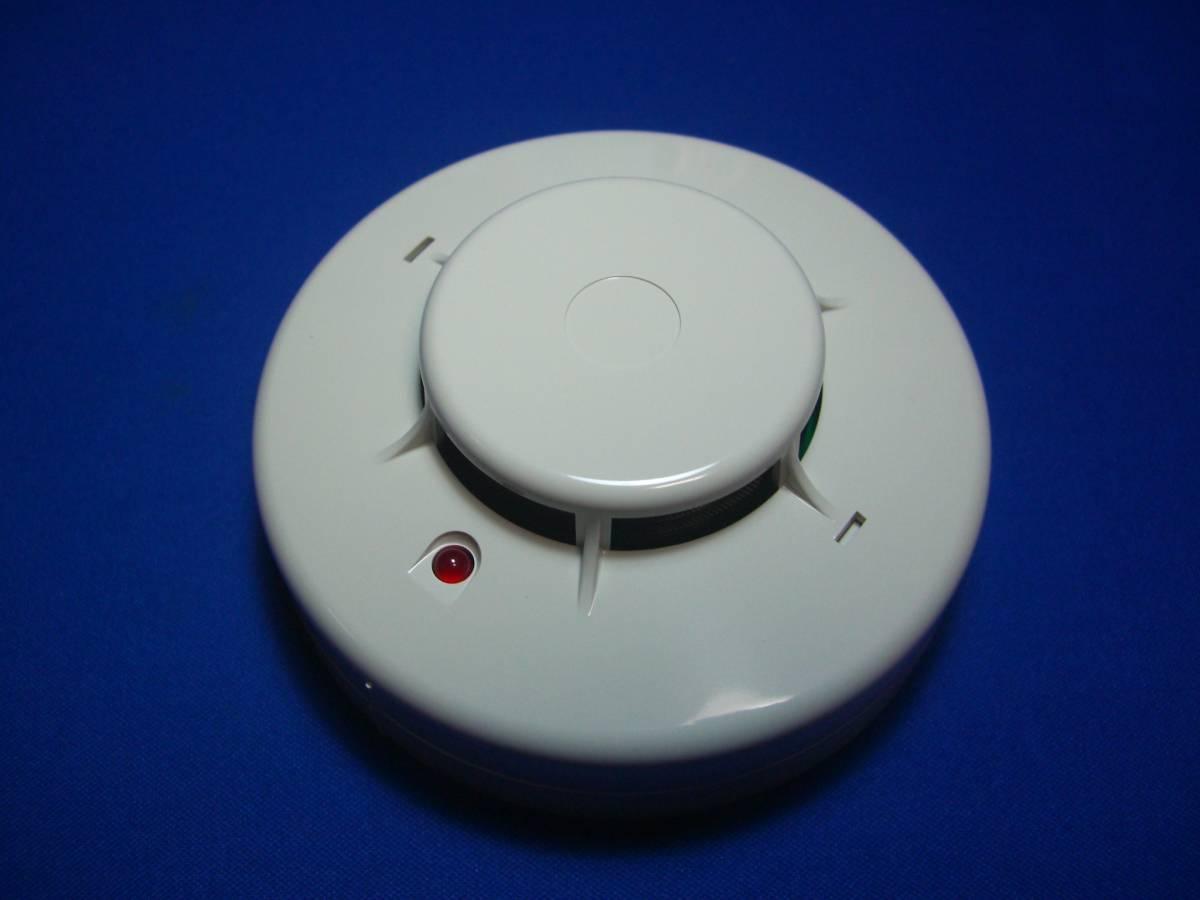 新品未使用品 能美防災㈱ 光電式スポット型感知器2種 煙感知器ベース付き 5個セット_画像2