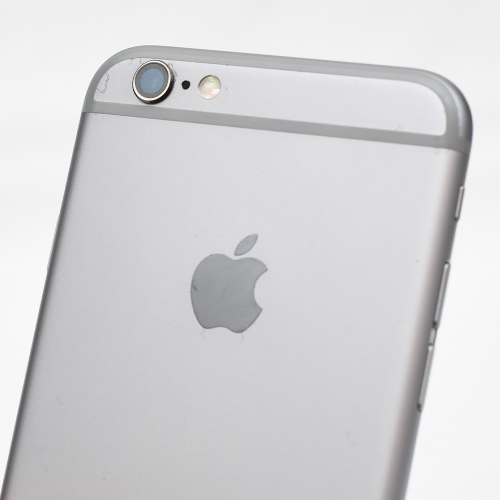 AU iPhone 6s グレー 動作品 訳あり品 元箱付き_画像5