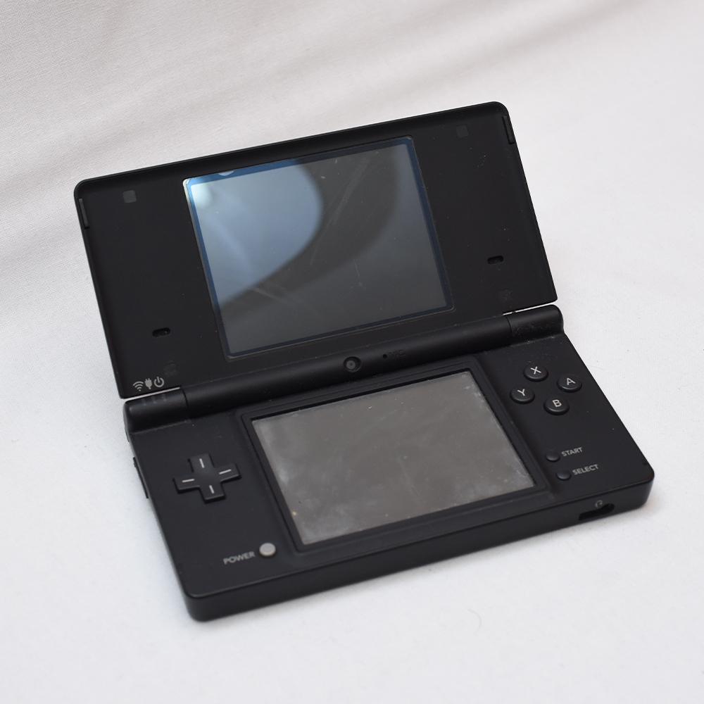 Nintendo 任天堂 DS Lite レッド 3DS ブラック DSi ブラックx2 + 3DS カセット、DSカセット、GBA 有名ソフト多数 ポケモン ドラクエ ボンバ_画像4
