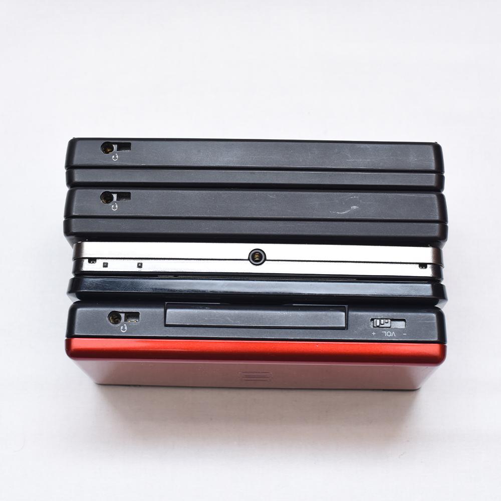 Nintendo 任天堂 DS Lite レッド 3DS ブラック DSi ブラックx2 + 3DS カセット、DSカセット、GBA 有名ソフト多数 ポケモン ドラクエ ボンバ_画像9