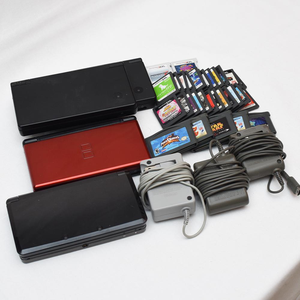 Nintendo 任天堂 DS Lite レッド 3DS ブラック DSi ブラックx2 + 3DS カセット、DSカセット、GBA 有名ソフト多数 ポケモン ドラクエ ボンバ