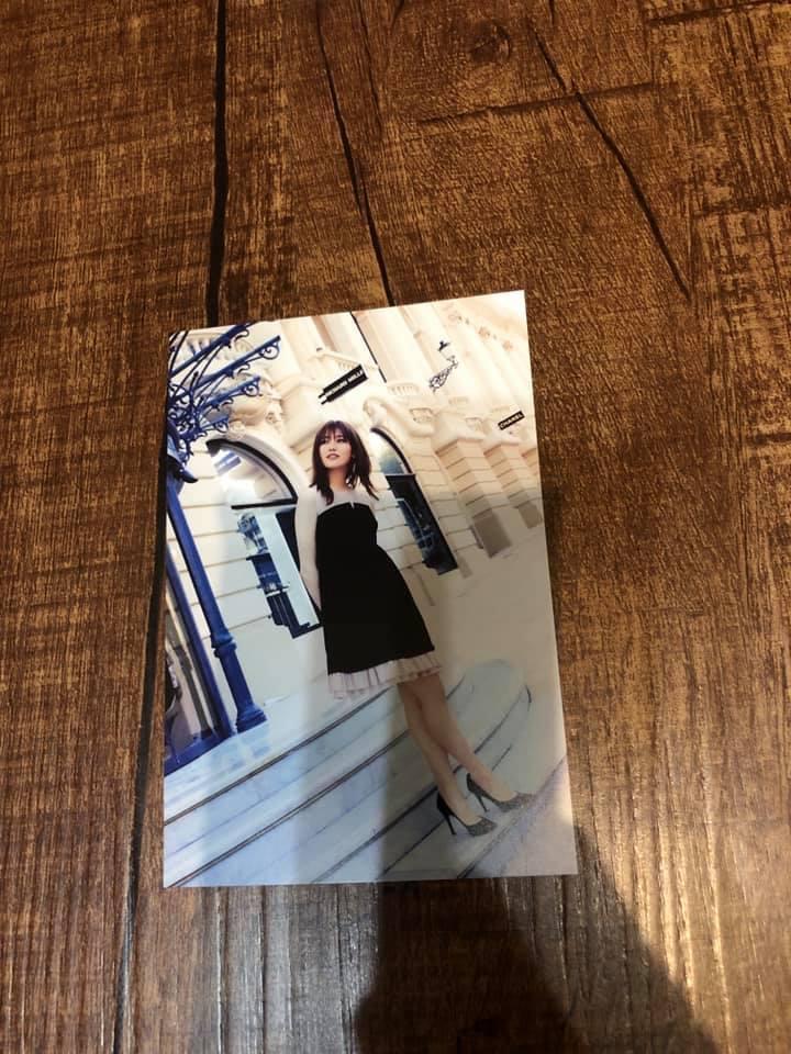 新品同様 欅坂46 守屋茜 潜在意識 帯付き 写真集 送料188円 ポストカード付き_画像2