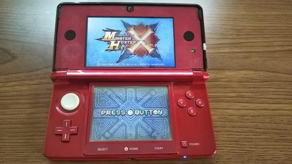 3DS ニンテンドー3DS フレアレッド 本体+AC充電器_画像2