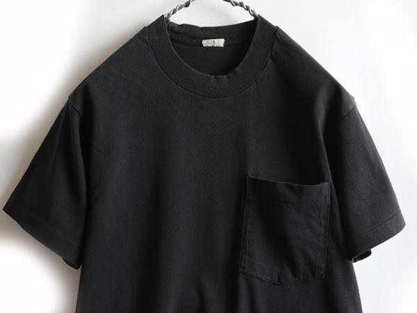 70s ビンテージ 人気の 黒 ■ 耳付き ポケット付 半袖Tシャツ ( メンズ 男性 M 程 ) ポケT 無地 ブラック 半袖 Tシャツ シングルステッチ_画像2