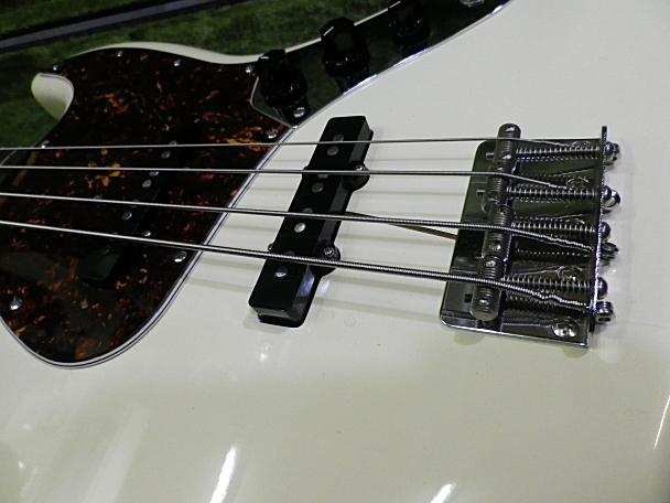 <美品 83' Fender JAPAN JVシリアル フジゲン製 JB62-75 USピックアップ搭載> _画像3