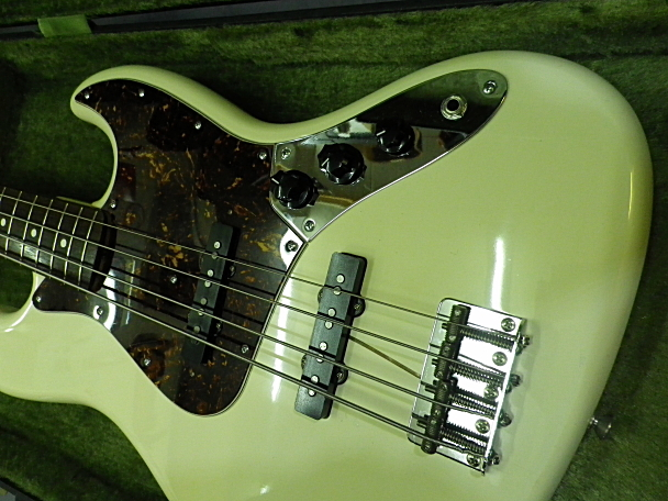 <美品 83' Fender JAPAN JVシリアル フジゲン製 JB62-75 USピックアップ搭載> _画像4