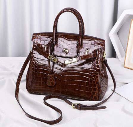 213212レディース ショルダーバッグ ハンドバッグ バッグ 2way 本革 レザー 人気 素敵 気質よい 大容量 通勤 出張 旅行 高級感