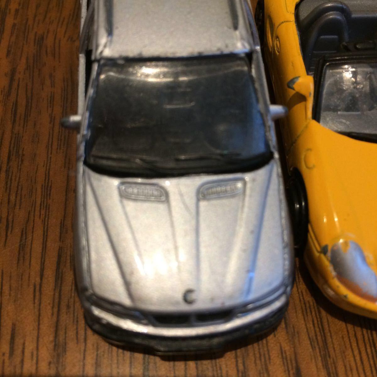 WELLY 2台 ポルシェ BMW とメーカー不明ポルシェ合計3台 ミニカー 中古_画像9