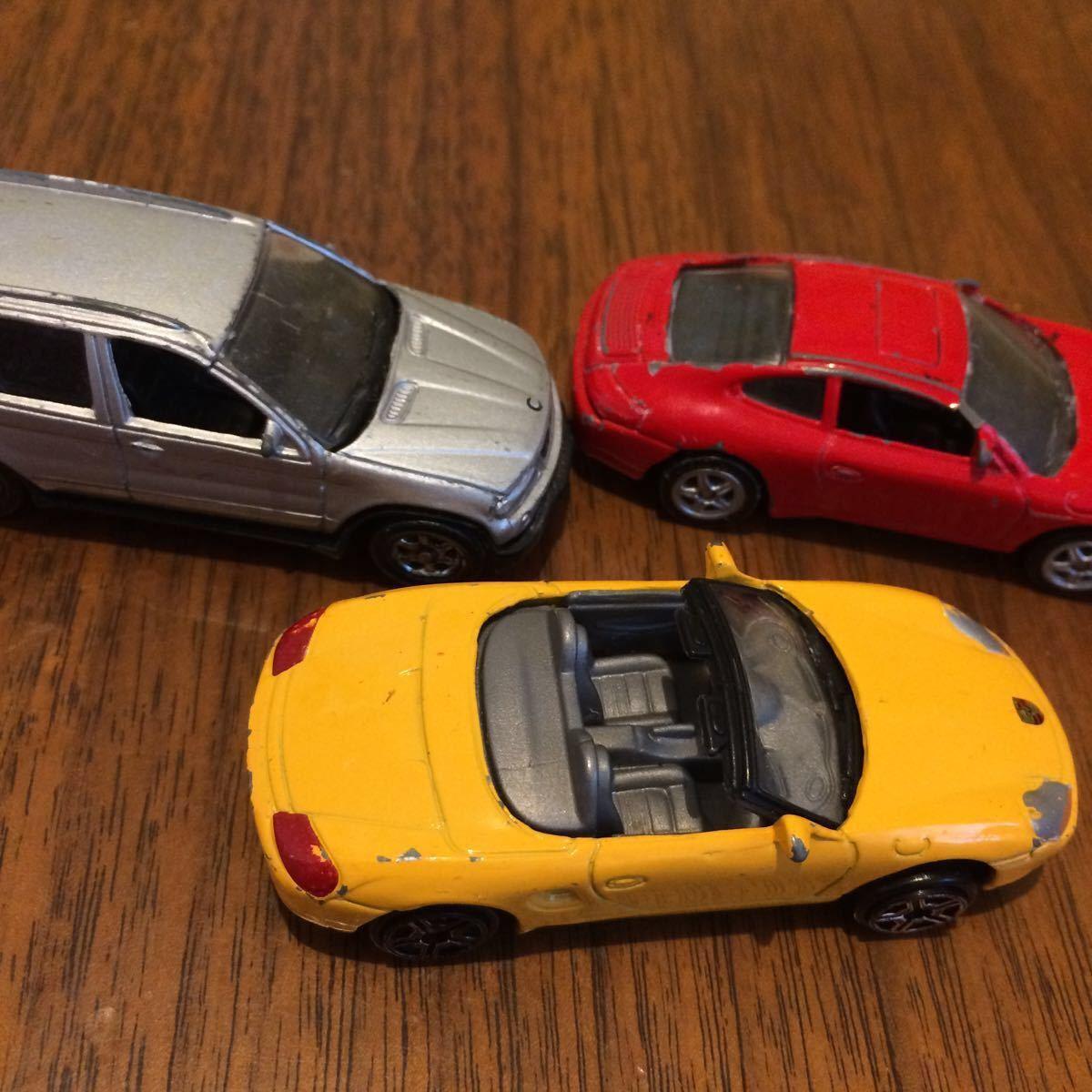 WELLY 2台 ポルシェ BMW とメーカー不明ポルシェ合計3台 ミニカー 中古_画像10