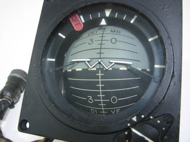 コックピット アナログ計器 姿勢指示器/ADI 1983年 戦闘機用 自衛隊/米軍 F-4 ファントム?_画像5