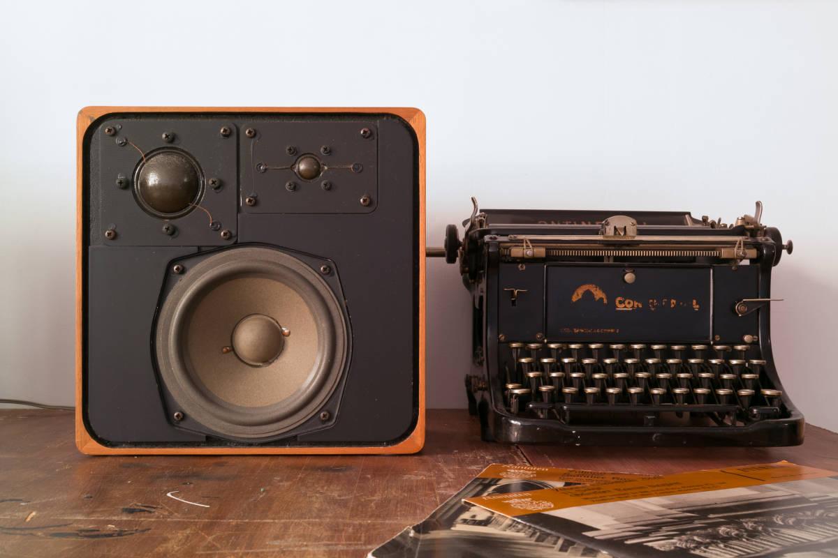 本格ドイツ音響 Braun SM1002S 超貴重 Dieter Rams Design Studio Monitor 完全動作品 Charlie Studio Warszawa から送料無料!_画像6