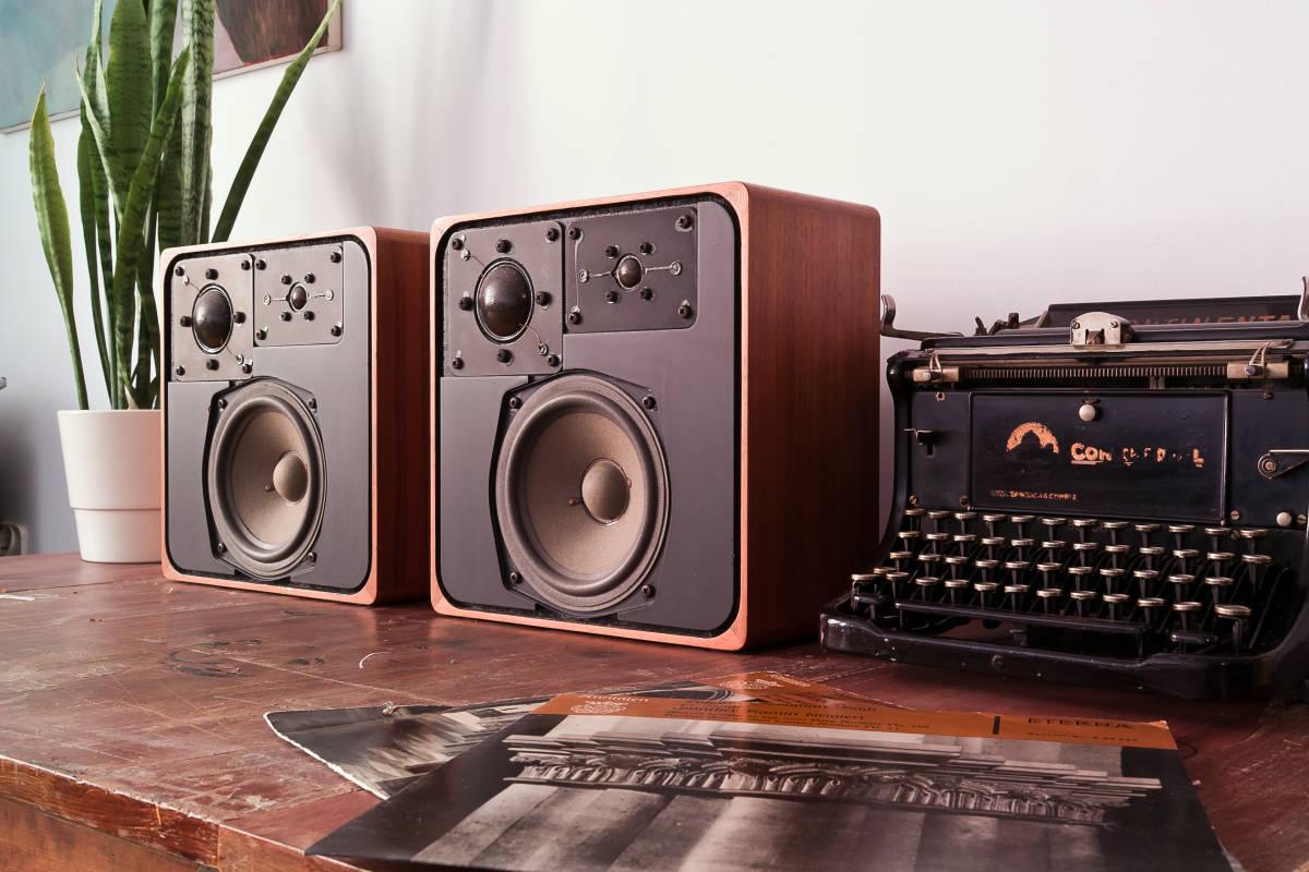 本格ドイツ音響 Braun SM1002S 超貴重 Dieter Rams Design Studio Monitor 完全動作品 Charlie Studio Warszawa から送料無料!_画像7