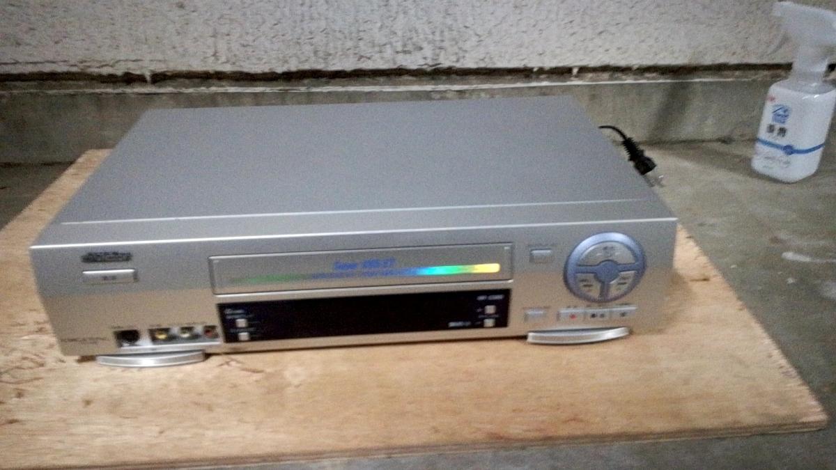 【Victor】ビクター HR-S300 S-VHS ビデオレコーダー ビデオデッキ 動作品 オーディオ関係
