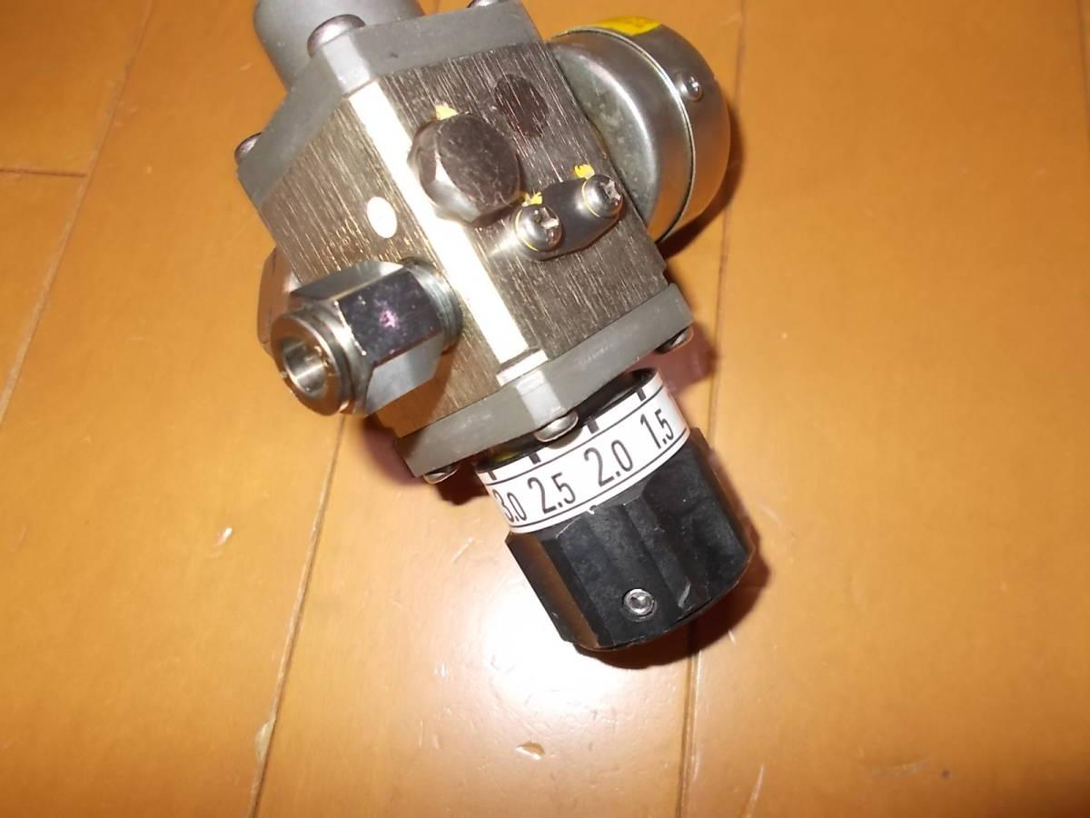 ビールサーバー用 減圧弁 アサヒ メーター付き 高圧用  ミドボン 4・0  27年 10月整備 キリン_画像3