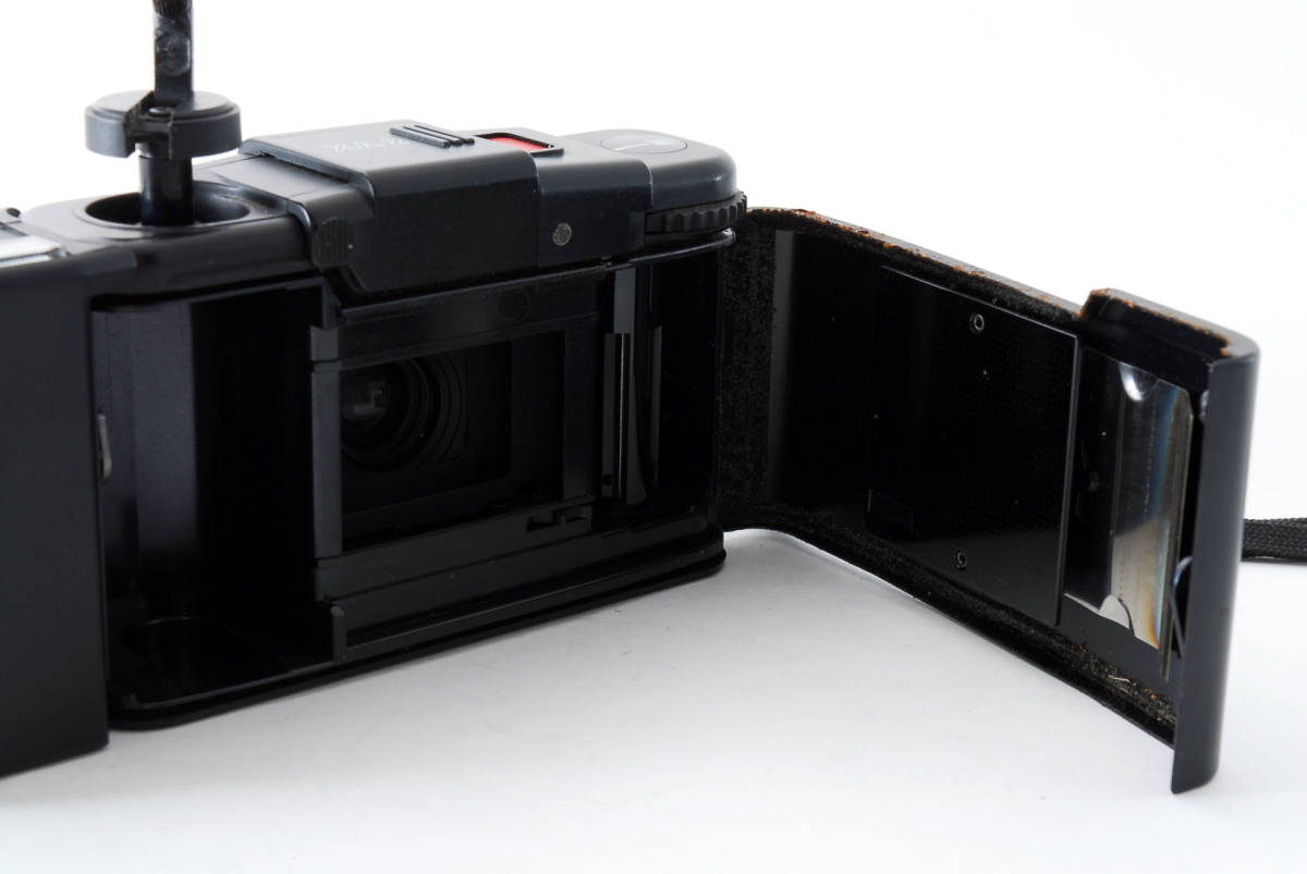 即決★Olympus オリンパス XA2 35mm Point&Shoot Camera D.Zuiko 35mm f/3.5 A11 Flash用 カメラ A1684_画像8