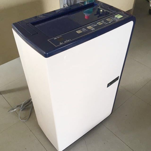 コロナ 除湿機 2016年衣類乾燥除湿機 CD-H1016 動作OK 清掃除菌済み 中古美品