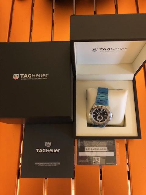 新品 未使用品 TAG Heuer タグ・ホイヤー メンズ腕時計 フォーミュラ1 WAZ2012.BA0842 カメラのキタムラで2019年6月に購入 定価199,800_画像6