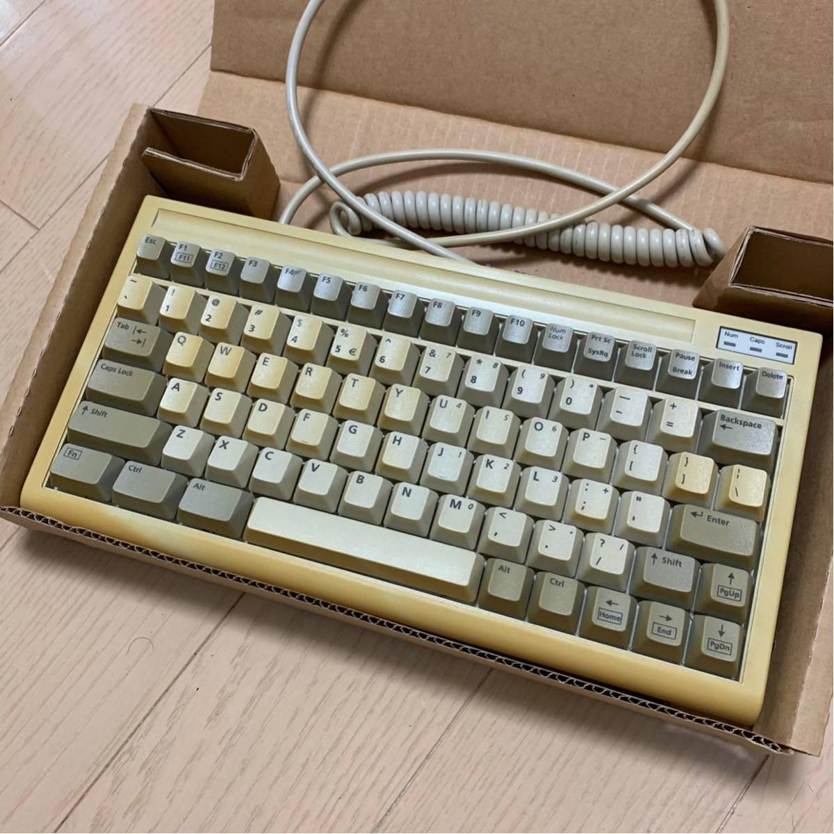 BTC-5100C happy hacking keyboardのようなこだわりの101レイアウトの英語キーボード 日焼けあり_画像2