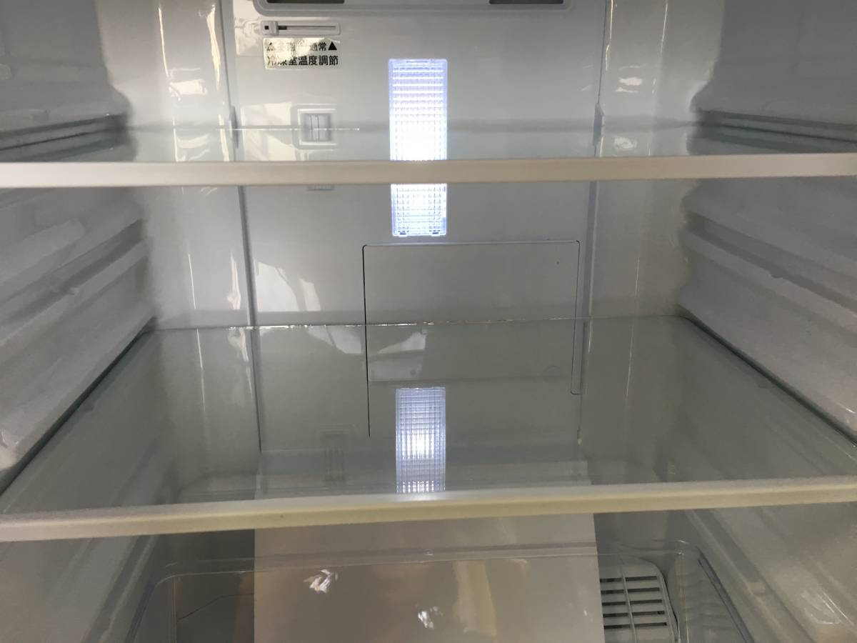 ■神戸発■SHARP/シャープ■2017年製■ノンフロン2ドア冷凍冷蔵庫■137L■つけかえどっちもドア■LED照明■SJ-D14C-W■地域限定送料無料■_画像4