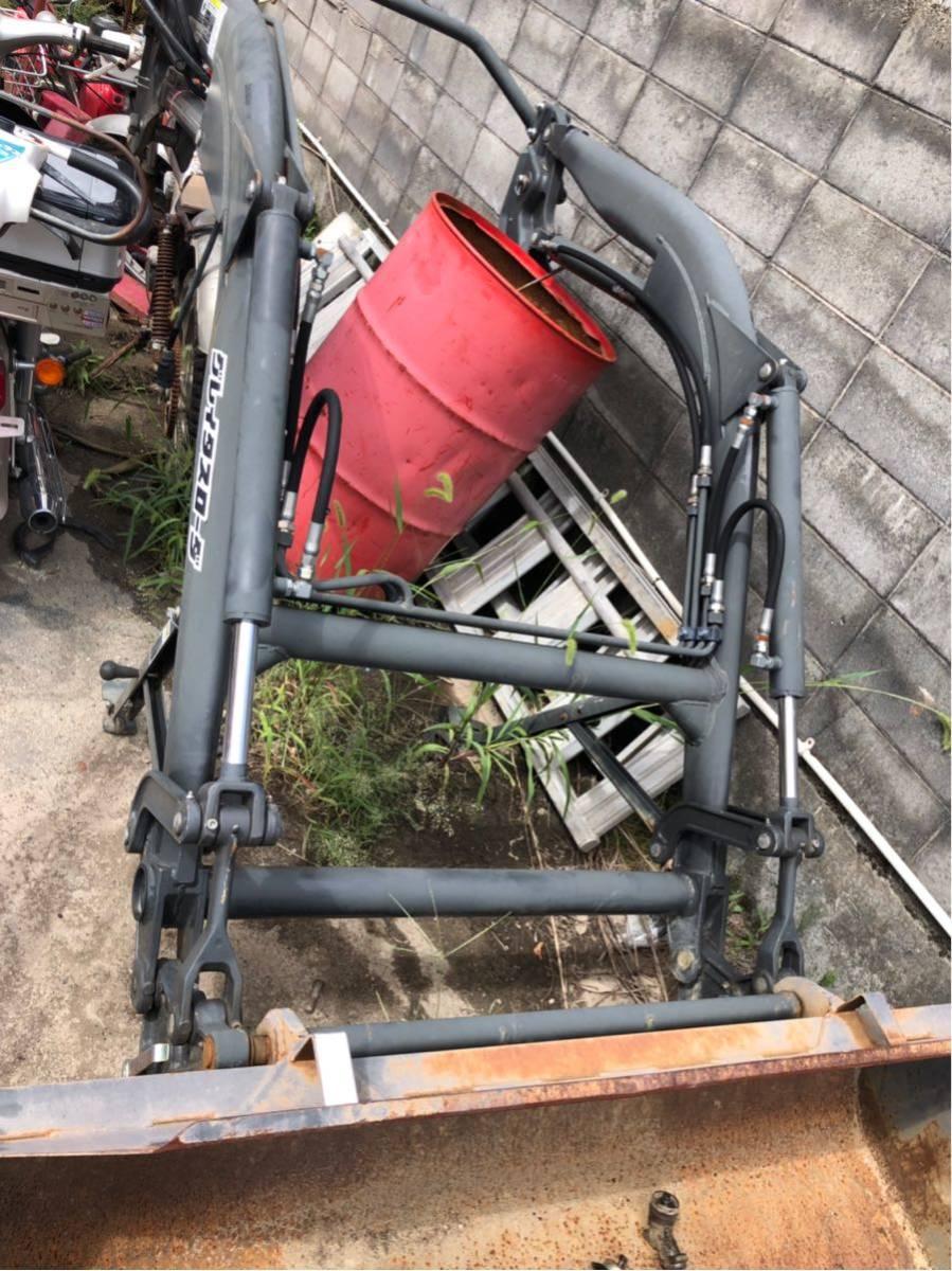 お得 クボタ グレイタスローダ 580kg 美品 トラクター ローダー_画像2
