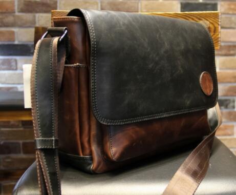 【定価26万】貴重上層牛革100%ショルダーバッグ 斜め掛け スリングバッグ ビジネスバッグ 書類かばん メンズビジネスバッグ_画像3