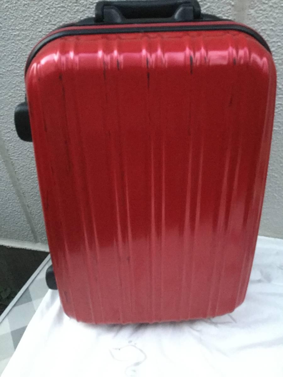 赤いキャリーケース スーツケース_画像1
