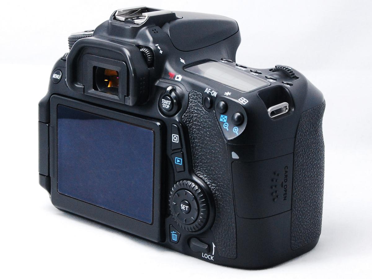 ■ほぼ新品■ キャノン Canon EOS 70D ボディ バッテリー2個・元箱付 付属品完備 #F03403N01250_画像4